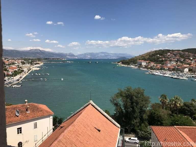 クロアチアの世界遺産の街、トロギールへ