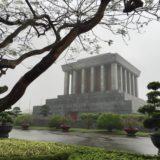 ベトナム、ハノイで半日市内観光ツアー参加、文廟・ホーチミン廟へ
