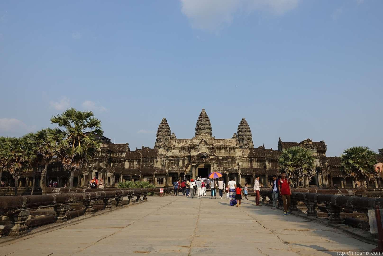 アンコールワット・アンコールトム・タプロム遺跡を観光ツアーで行ってきた!【カンボジア旅行2018】