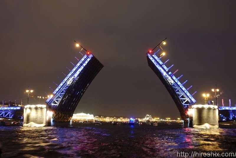 サンクト・ペテルブルグで深夜の白夜ナイトクルーズに参加!【ロシア旅行2018】