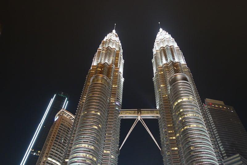 マレーシア旅行中のインターネット環境。現地プリペイドSIMカードから海外wi-fiレンタルまで徹底比較!